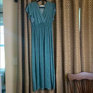 Ladies Jon & Anna dress size large